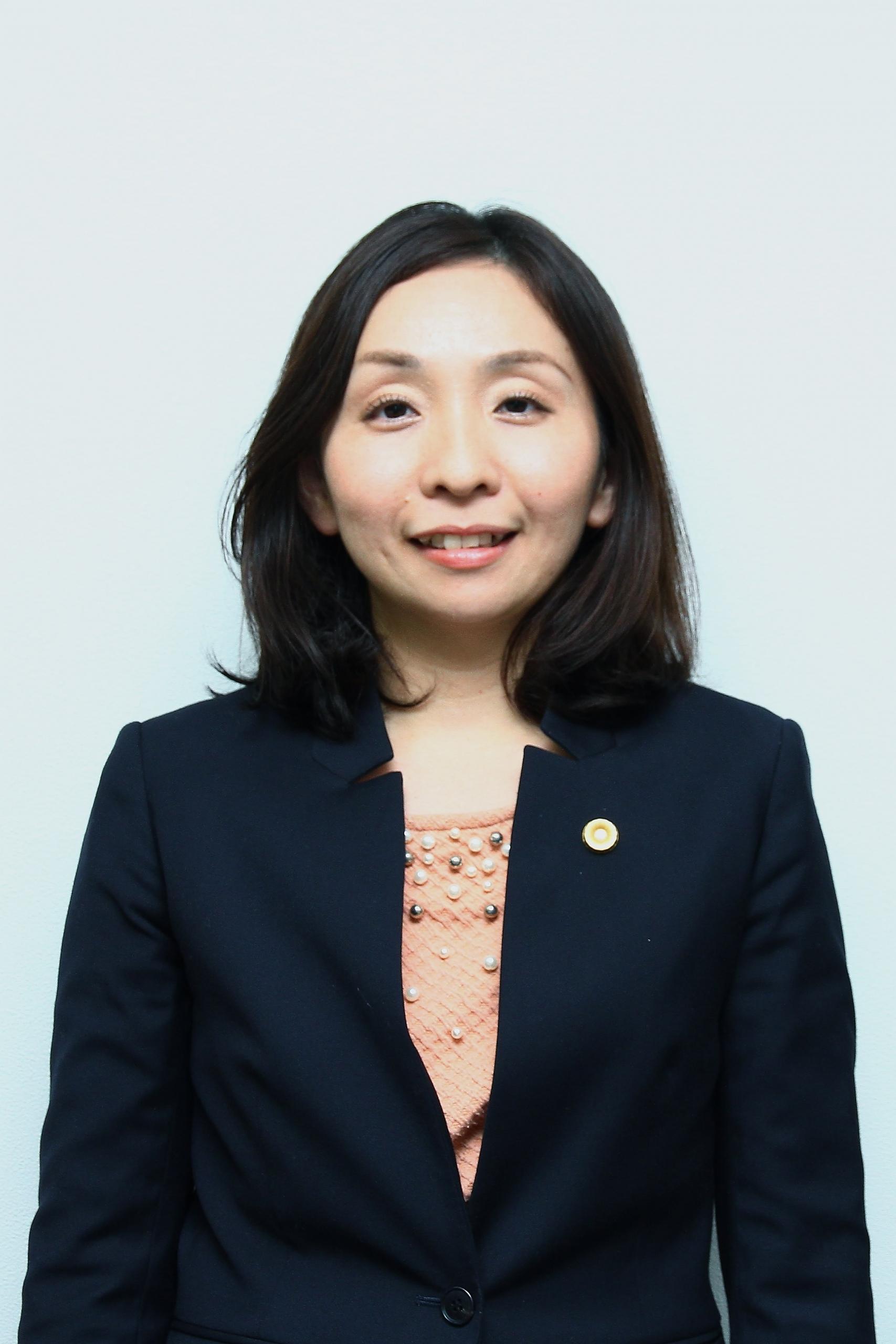 安井賀子弁護士